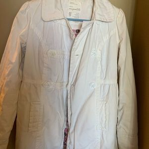 White insulated jacket